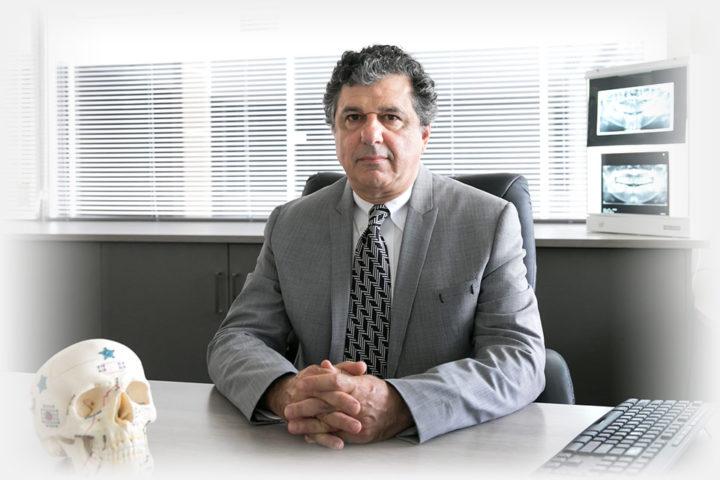 Dr Evan G Kakulas